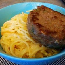 Burger and creamy pasta.