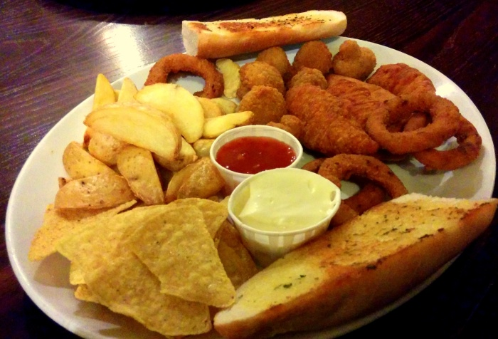 Sharing Platter at the White Horse