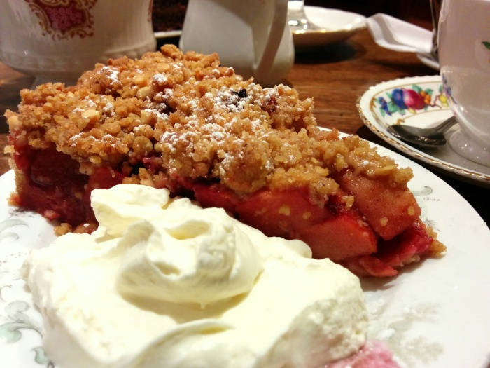 blackberry apple crumble queen of tarts dublin ireland