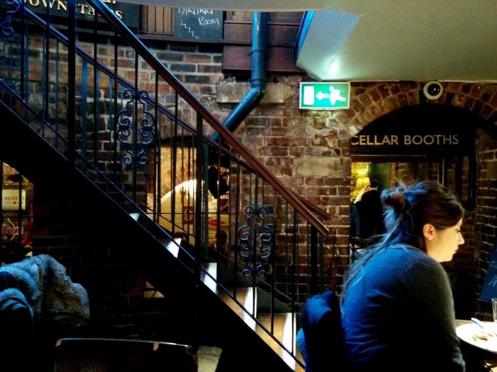 southwark tavern inside